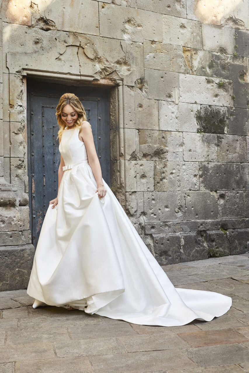 Fashion wedding editorial for Pronovias by Marc Díez
