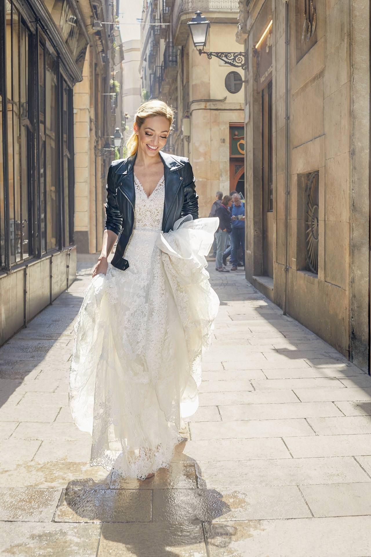 Fashion photographer Marc Díez shooting Pronovias wedding dresses