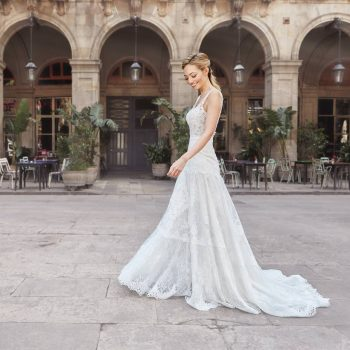 Fashion photographer Marc Díez shooting Pronovias wedding dresses